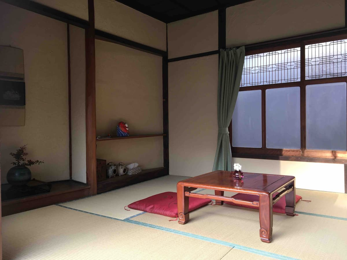 ゆくる 寝室(畳ルーム)